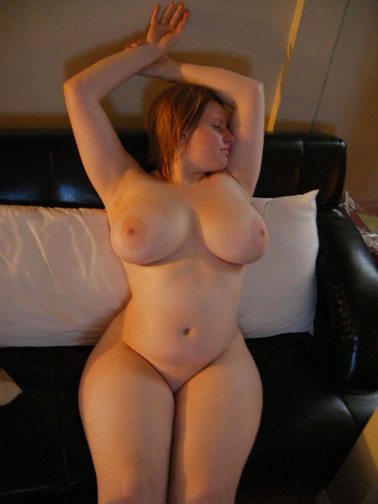 Thick sexy curvy naked ladies