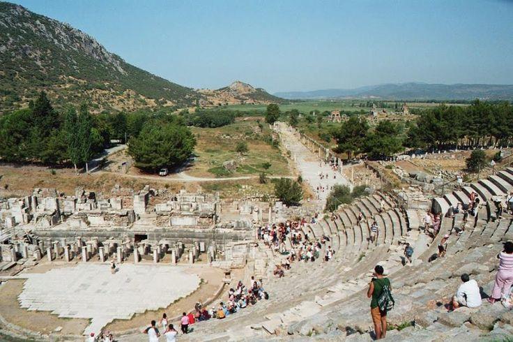 3 Days Ephesus, Pamukkale (Hierapolis) and Pergamum Tour From Istanbul by Plane - Kusadasi Tours