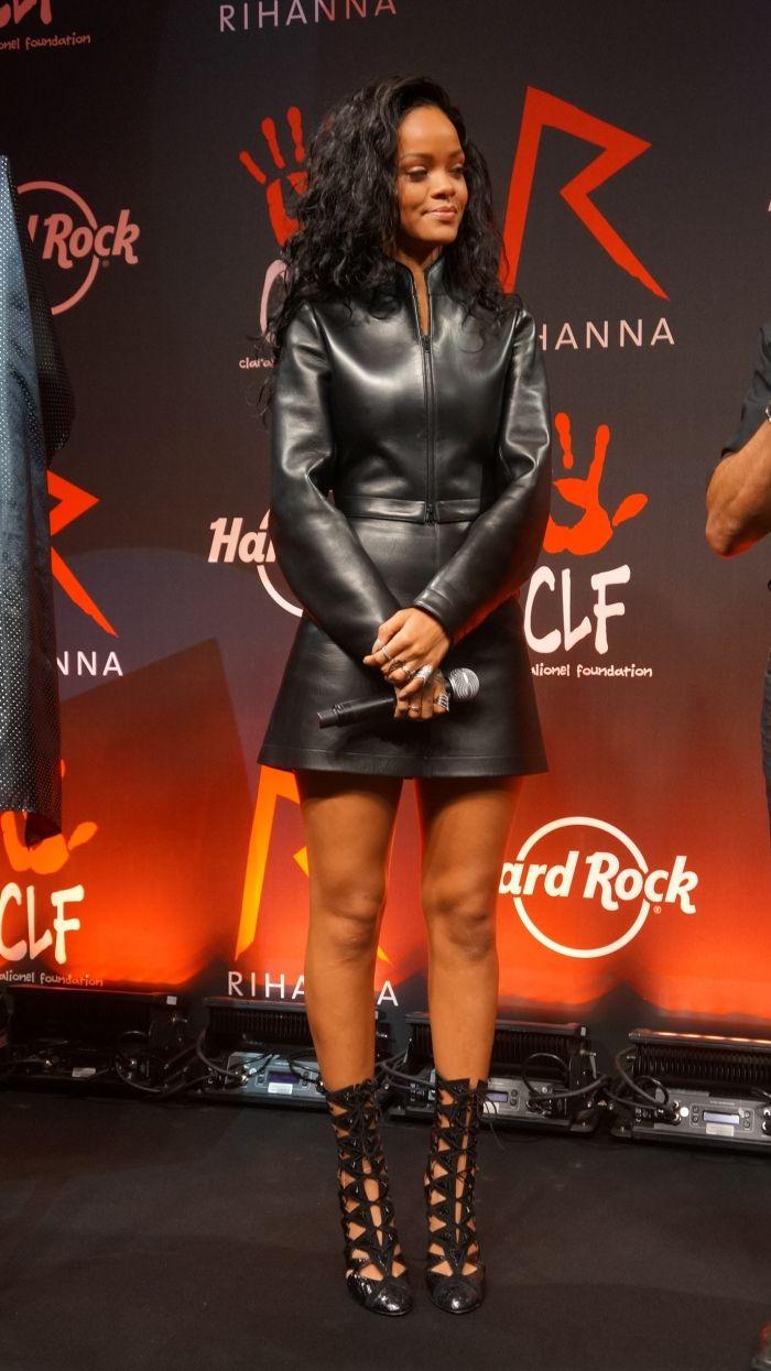 """Résultat de recherche d'images pour """"rihanna hard rock"""""""