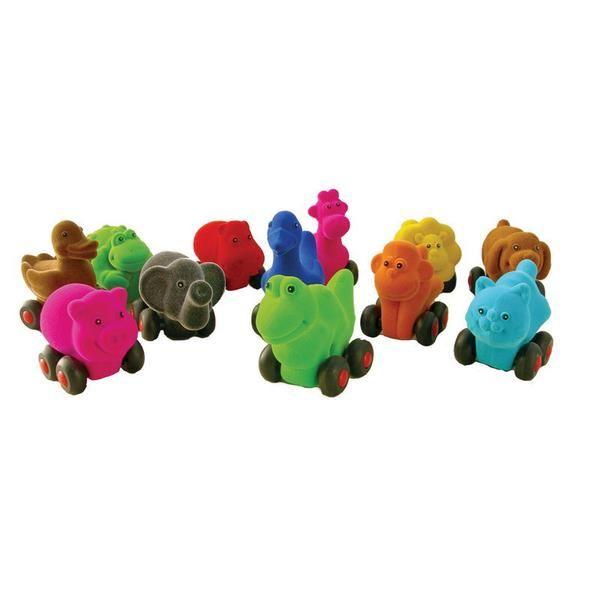 Søde dyr på hjul i naturgummi fra Rubbabu, med farverig og blød velouroverflade. Fås i 12 forskellige modeller i ass. farver. (har set dem engang på Vendsyssel Kunstmuseum, 69kr)