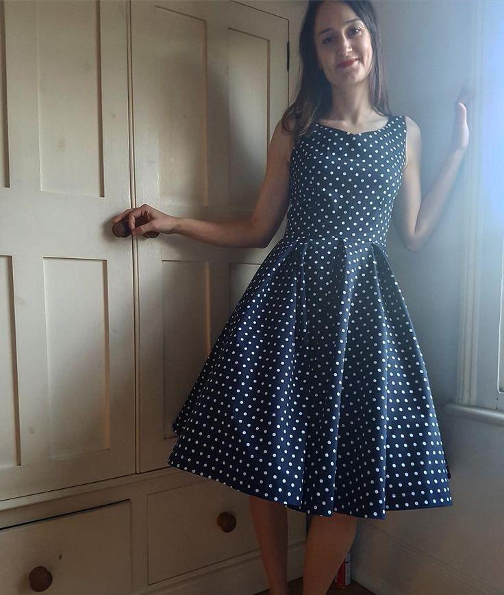 SOIshowoff: beautiful polka dot Elsie Dress