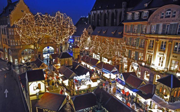 Le Marché de Noel des produits du terroir - place Jeanne d'Arc à Colmar