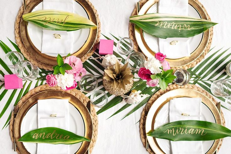 Modern Tropical | The perfect tropical wedding table inspiration