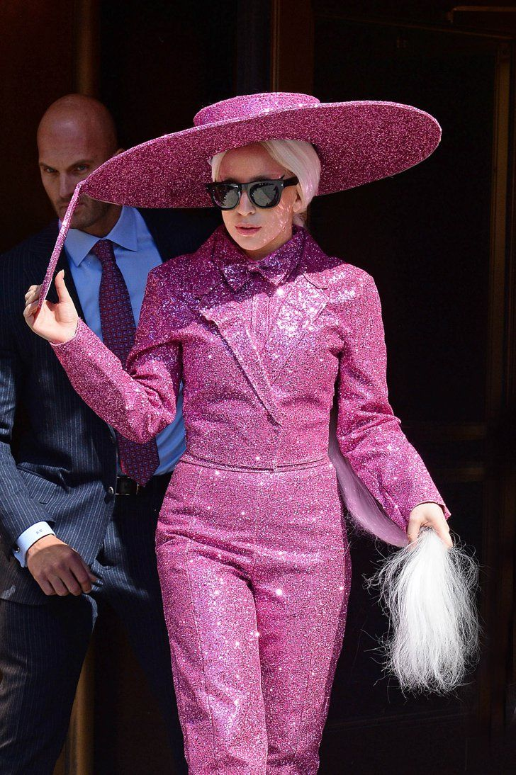 Pin for Later: 26 Things That Lady Gaga Totally Looked Like Effie Trinket From The Hunger Games