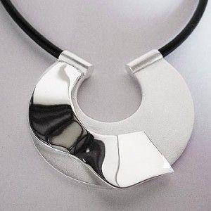 Sepa todo sobre la joyería de plata de moda al por mayor   ORO Y DIAMANTES. Anillos, collares, pendientes y todo tipo de joyas