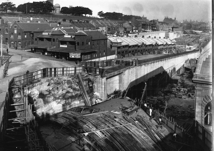 Construction of Munns Street bridge in Millers Point, Sydney, New South Wales, 1912