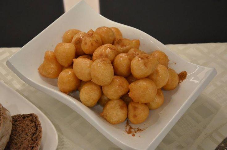 Οι λουκουμάδες από τον Δημήτρη Παμπόρη #Chef #Tradition #Dessert #Honey
