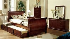 Search Twin size cherry sleigh bed. Views 135326.