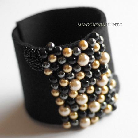 Bubble Gold felted bracelet by FlowerFeltDesign