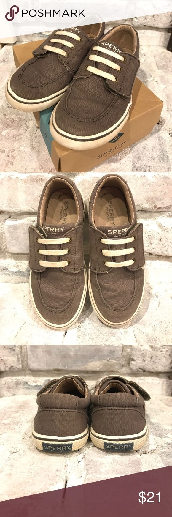Sperry Boys Ollie Jr. Shoes 12M Boys Sperry shoes in excellent used condition (only worn a few times). Velcro strap makes it easy for kids to put on. Color is called Truffle - a mix between gray and brown. Original box included. Smoke free home. Sperry Shoes Sneakers