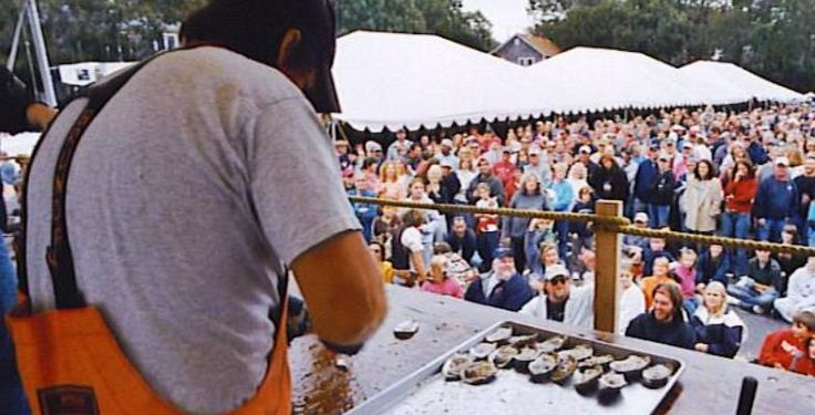 Wellfleet OysterFest >> 6 Fab Fall Weekend Festivals for Families | MiniTime.com #fall #weekend #festival