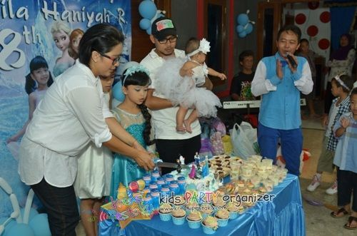 Syakila Birthday Party Theme Princess Elsa from Frozen