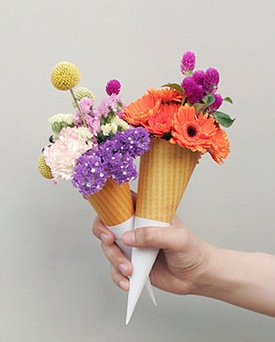 Cute flowers in cone (favor)