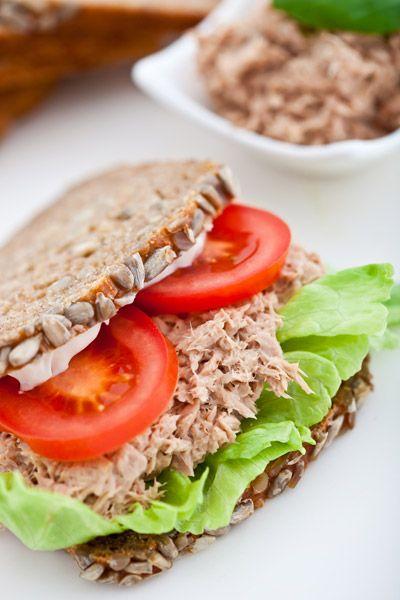 Σάντουιτς με τονοσαλάτα