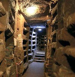 Fig. 2. Unknown Roman Catacomb. http://m.ncregister.com/653786/show/3f34615c0c944bdb3492873f0acb933e/