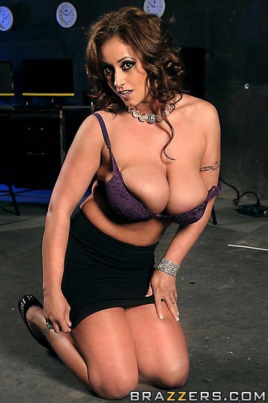 She too damm sexy chocolate mckenzie lee mexican jose - 3 2