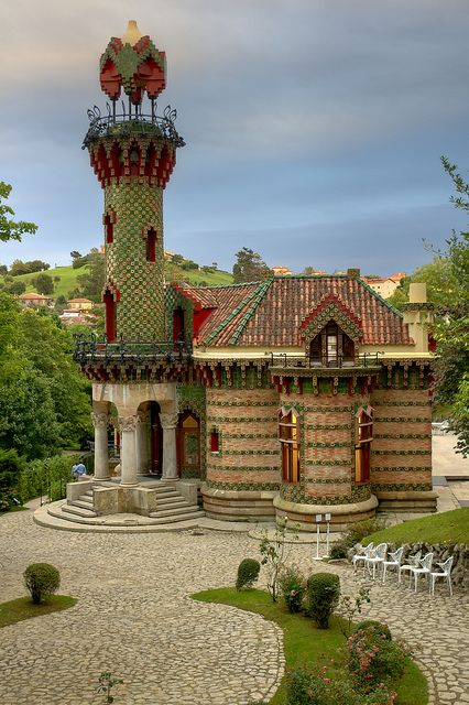 Located in Comillas (coastal village in Cantabria, Spain). Gaudí's first architectural work. This building (1883-1885) is contemporary with the Casa Vicens (1883-1888), which Gaudí erected in Barcelona. El Capricho is an example of Gaudí's orientalist trend.