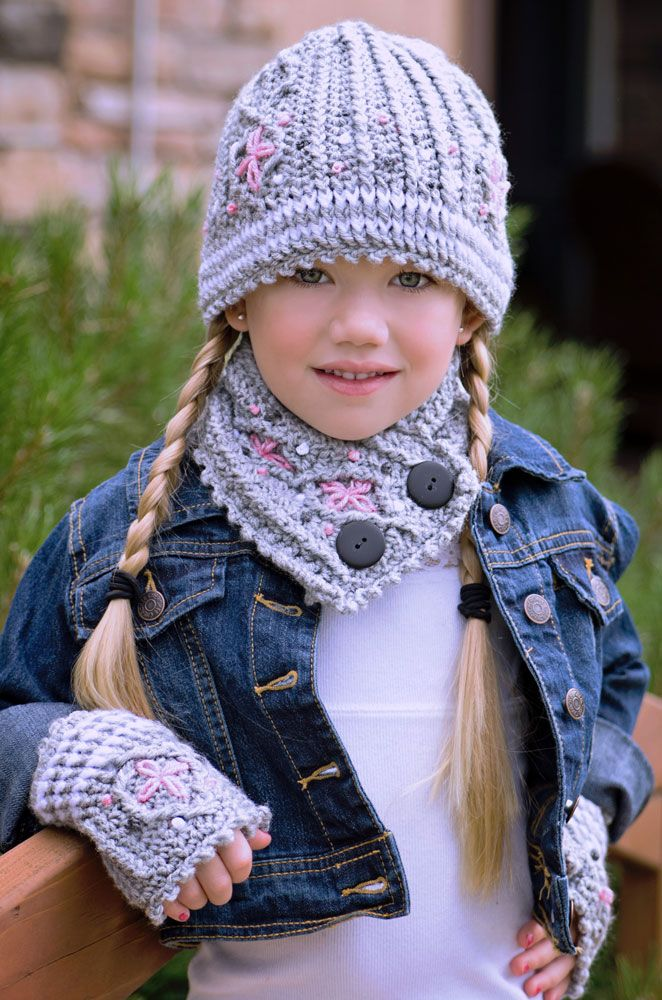Graystone Kids -crochet  Cable Hat, Neck Warmer And Fingerless Mittens S