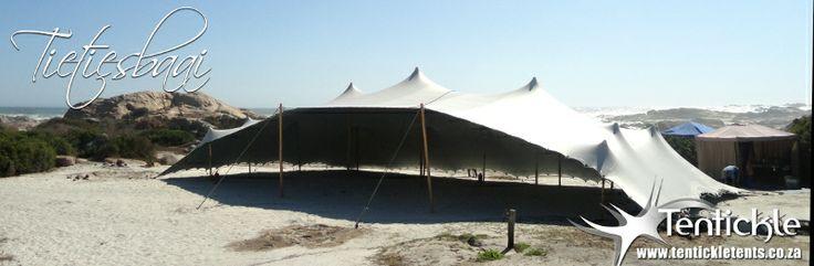 Tieties Baai wedding setup on the beach