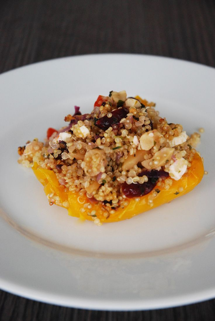 poivrons farcis quinoa feta - The Mona Project