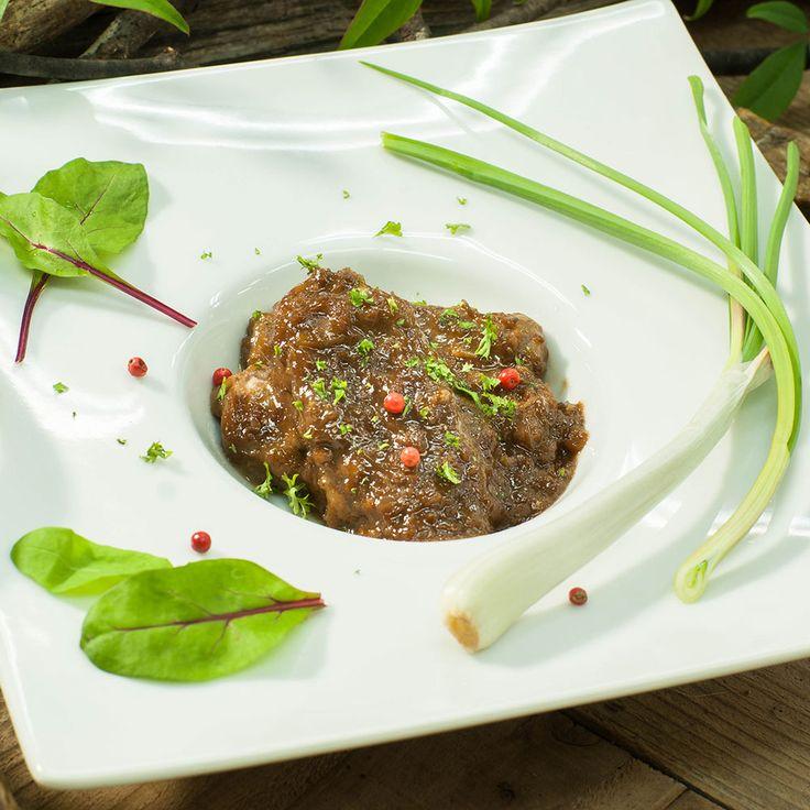 鹿肉のステーキ グランブヌール風ソース