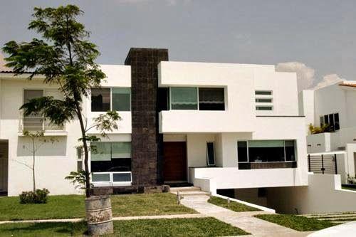 casa minimalista de fachada con sotano