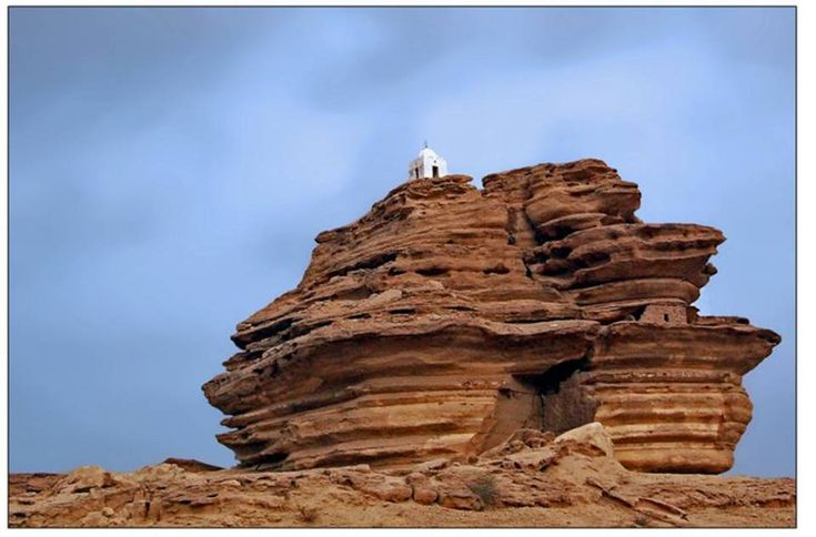 """O raiser of the sober "": Sindh Pakistan, Rocks Aror, Natural Pakistan, Arror Rocks, Amazing Rocks, Amazing Pakistan, Natural Force, Beautiful Pakistan, Rohri Sukk Sindh"