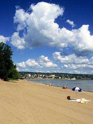 See the best Duluth beaches: http://beaches.uptake.com/minnesota/duluth/950639229.html