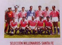 La Selección de Millonarios y Santa Fe en El Pulso del Fútbol Arriba de izquierda a derecha: Pegnotti, Ávila, Centurión, Milne, Jamardo y Montero. Abajo en el mismo orden: Larraz, Debate, Panzuto, Perazo y Pizarro.