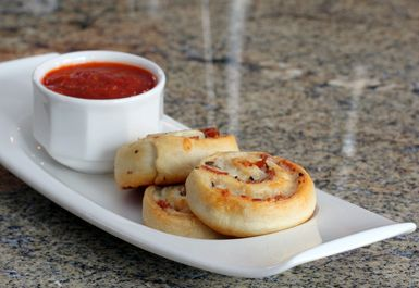 Easy Pizza Pinwheels to Up Your Snack Game: Pizza Pinwheels