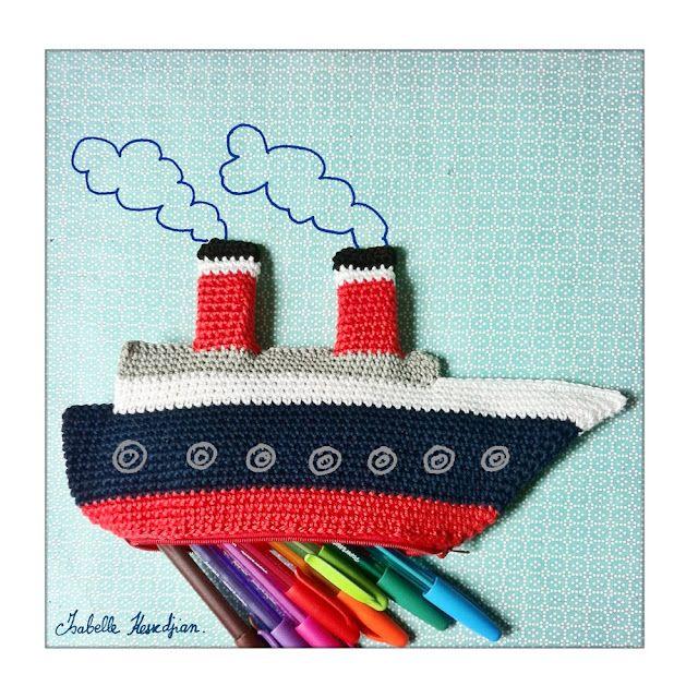 Barco de punto para guardar lápices