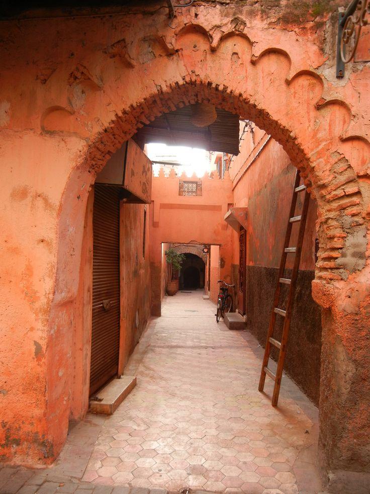 Marrakech - derb de la médina by luco