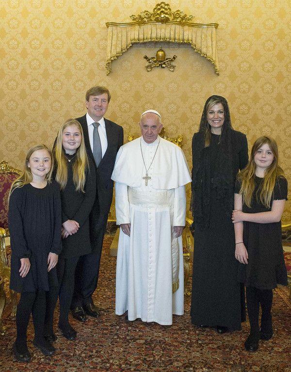25-4-2016 Koninklijk gezin bezoekt paus