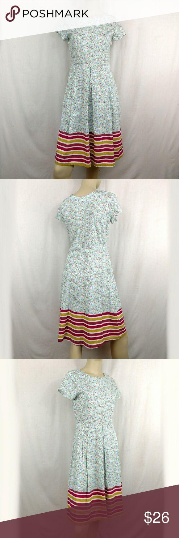 DOWNEAST floral dress. Medium DOWNEAST floral cocktail tea dress. Women's Medium Beautiful floral dress. Lined design at the bottom of skirt. Medium.  (G) Downeast Dresses