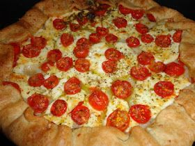 Tarte de tomate e queijo fresco, entradas, refeição saudavél e economica. Receitas e dicas da Anabela Salema