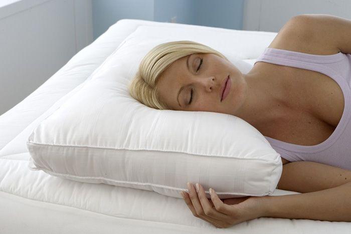 Best 25 best pillow ideas on pinterest black and white for Best side sleeper pillow consumer report