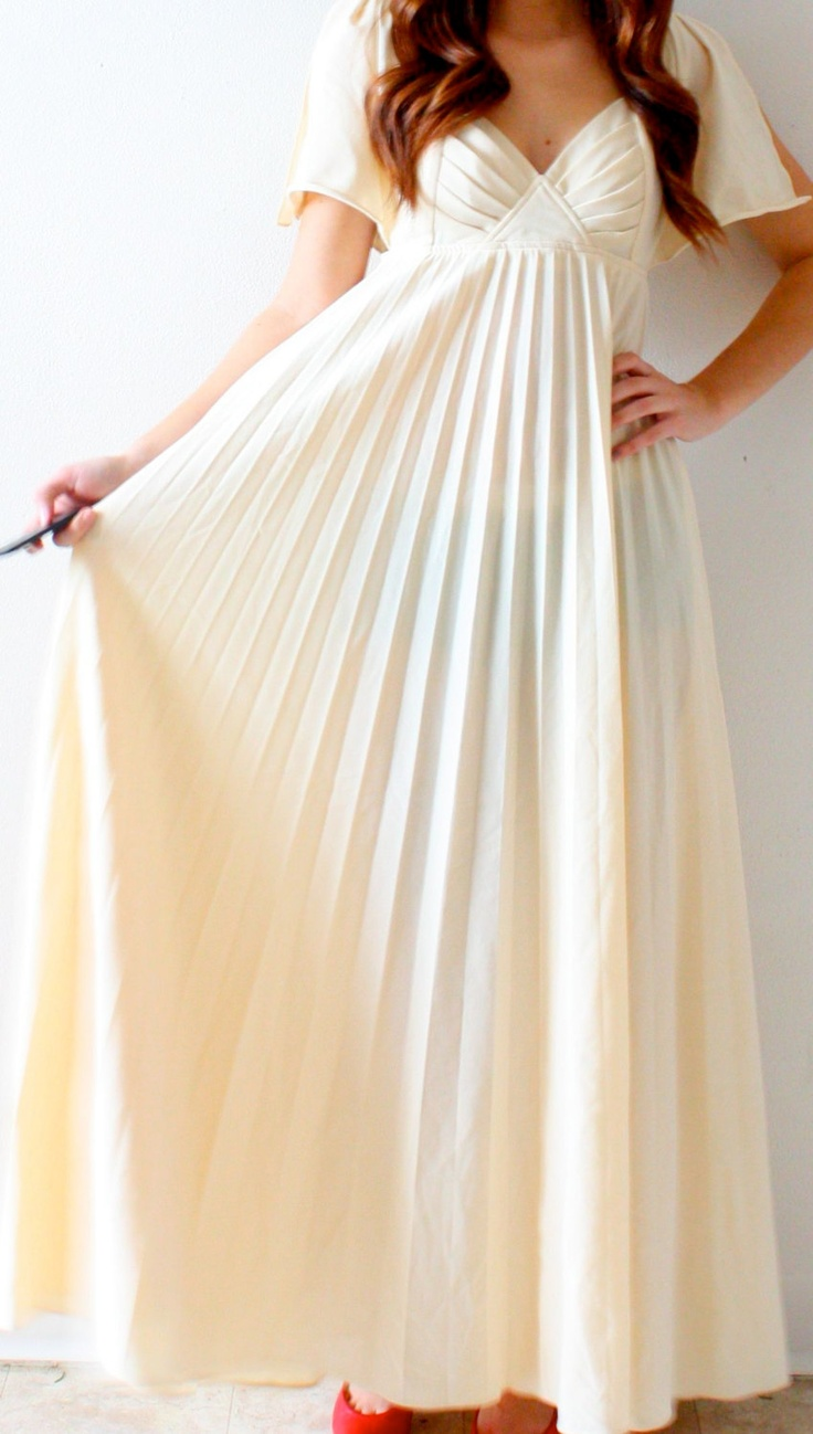 Vintage bohemian pleated Wedding dress