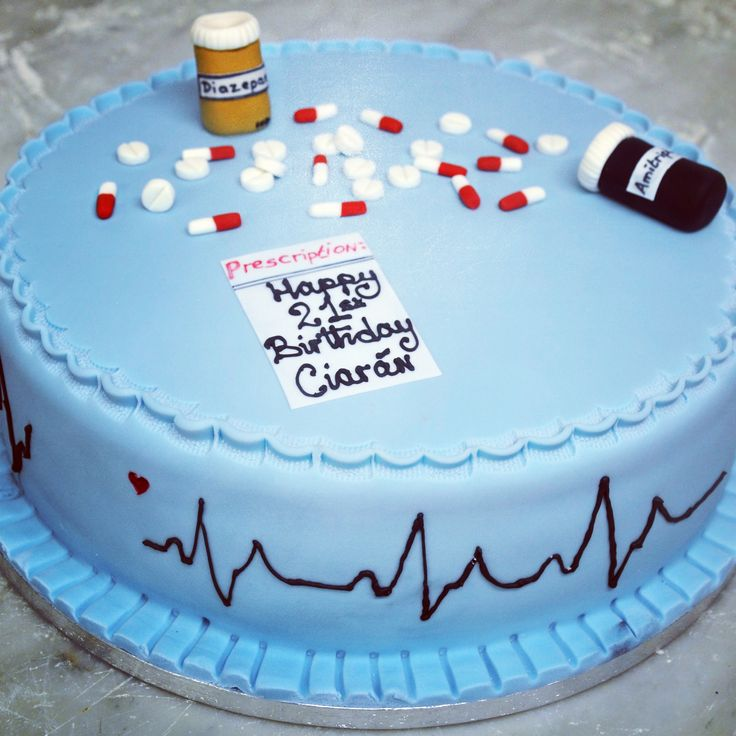 If you know a doctor celebrating their birthday this cake is the one for them! What other professional themed cakes could we do? #irishbaking #sugarcraft #dublinbakery #occasioncake #birthdaycake