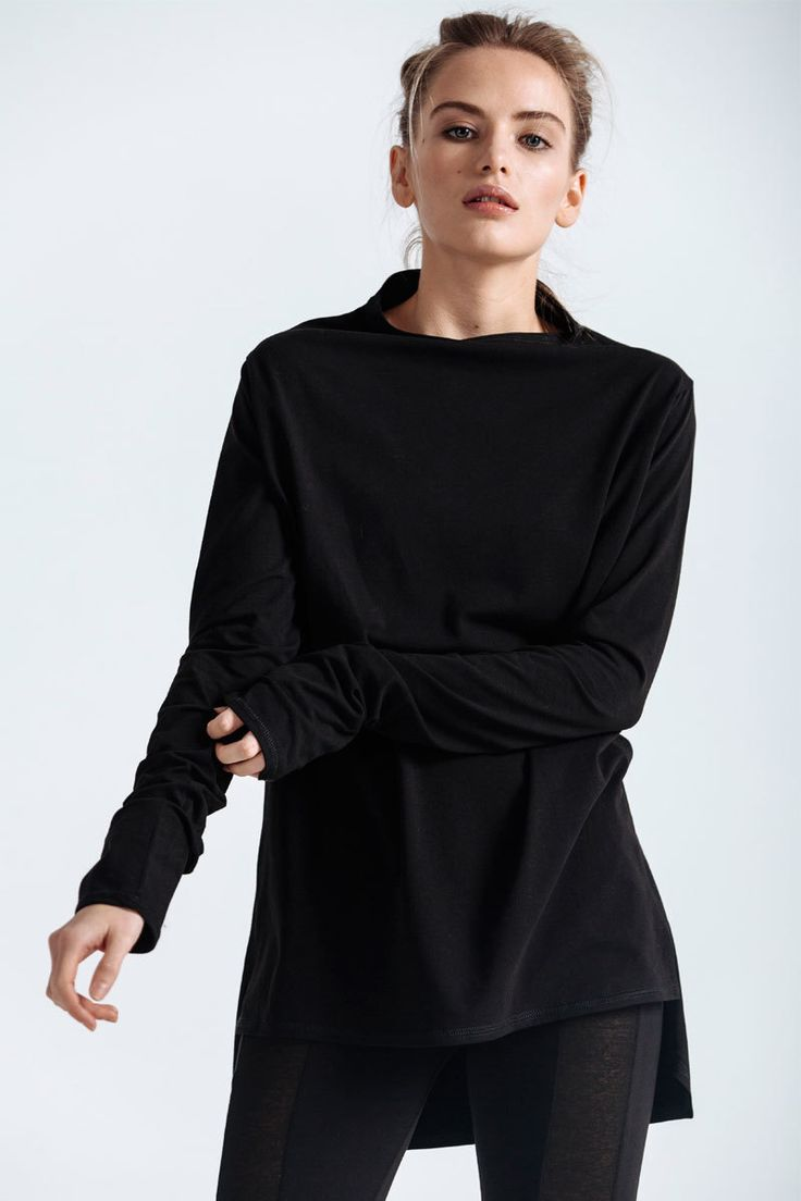 Easy fit T-shirt with raised collar, elongated sleeves and back.   #mariashi #fashion #nofilter #outfit #outfitoftheday #outfits #outfitpost #clothes #fashionista #fashiondesigner #shopping
