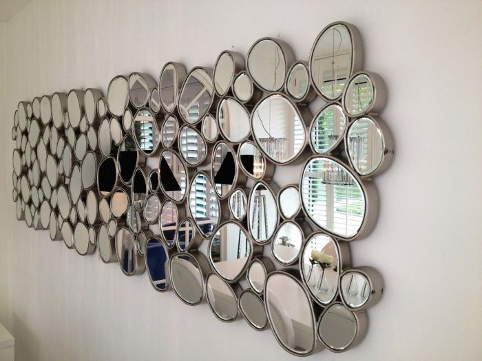 Spiegel London Diva.  Alle spiegels zijn facet geslepen en omlijst in kleur antiek zilver.