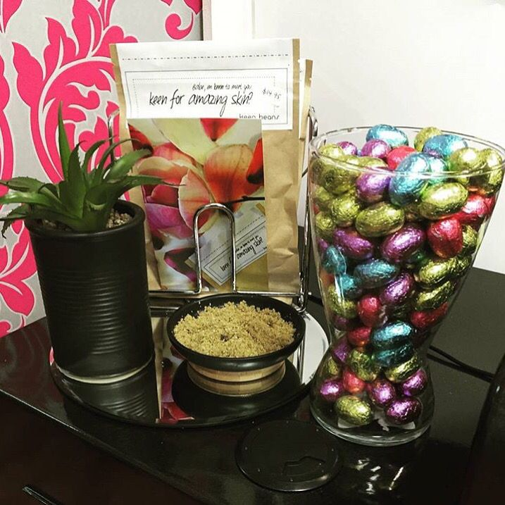 Get into @sheilasdepilexbeautysalon and grab some Keen Bean Scrub in time for a Easter pamper #letsgetscrubbing #betterthanchoc #takemehome