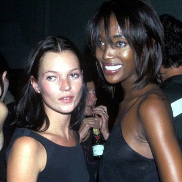Naomi shares throwback snaps to celebrate her best friend at her 41 st birthday.