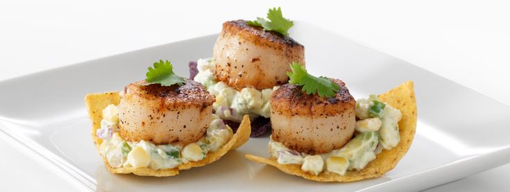 FAGE Total Sea Scallops on Tortillas with Creamy Avocado-Corn Relish via http://usa.fage.eu