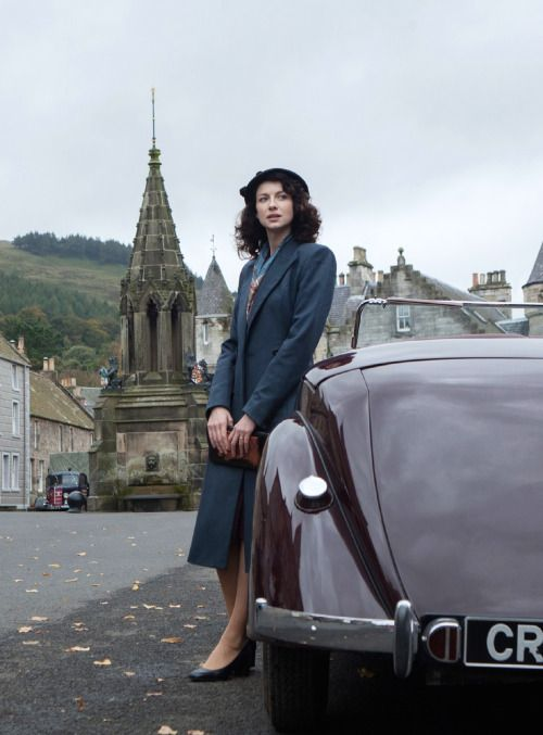 Caitriona Balfe as Claire Randall in Outlander (TV Series, 2014). [x]