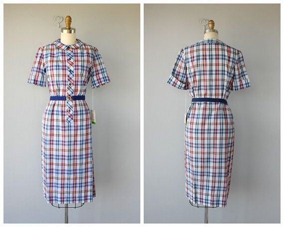 "Can't you picture Nancy Drew in this ""Vintage 1960s Dress""  from CustardHeartVintage?"