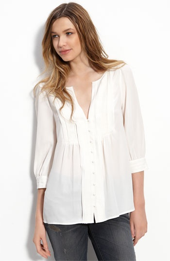 Joie Blouse. Loooovvveeee this blouse. It's simple, pretty and ellegant.