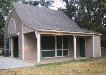 Amazon.com - 41 Small Barn Plans - Complete Pole-Barn Construction Blueprints for Small Horse Barns, All-Purpose Backyard Barns, Workshops a...