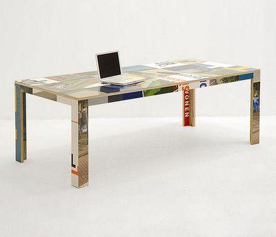 Recycled design table. | Design tafel uit hergebruikte bouwborden