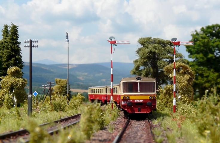 810 ČD