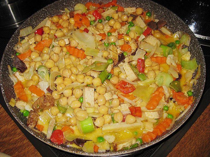 Reispfanne mit Tiefkühlgemüse, Räuchertofu, Kichererbsen und Kokosmilch, ein tolles Rezept aus der Kategorie Gemüse. Bewertungen: 8. Durchschnitt: Ø 4,1.